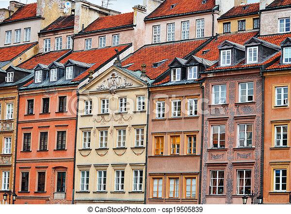 Architektur der alten Stadt in Kriegssäge, Poland. - csp19505839