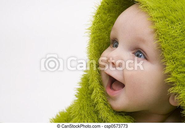 Baby in Grün - csp0573773