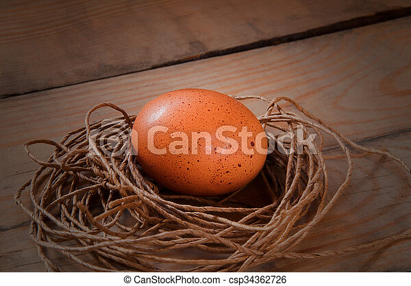 Eier in einem Nest. - csp34362726