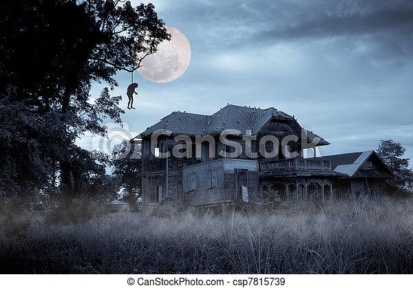Ein verfluchtes Haus - csp7815739
