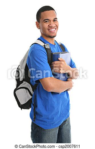 Glücklicher, angezogener, schwarzer College-Student - csp2007611