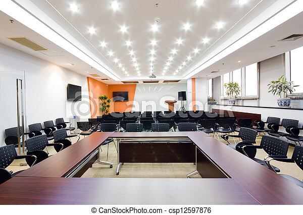 Moderne Büro-Vorsitzende - csp12597876