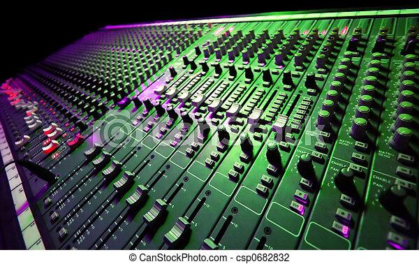 Musikmischer - csp0682832