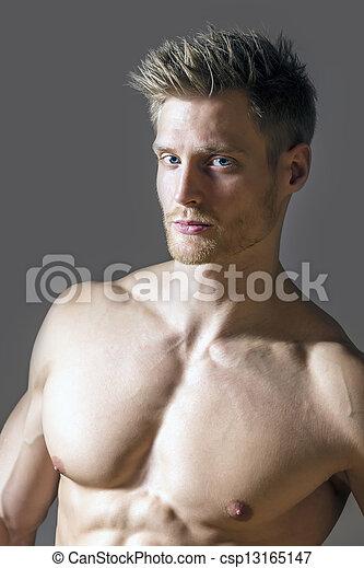 Blond blaue augen männlich Blaue