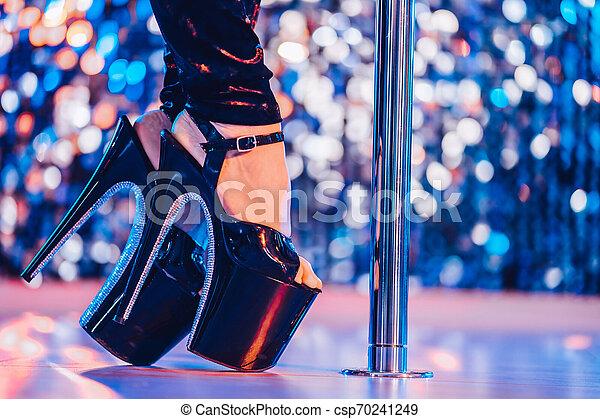 Sexy Club Mädchen tanzen
