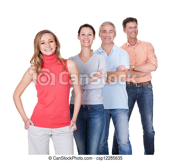 Vier Geschäftspartner in lockeren Klamotten - csp12285635